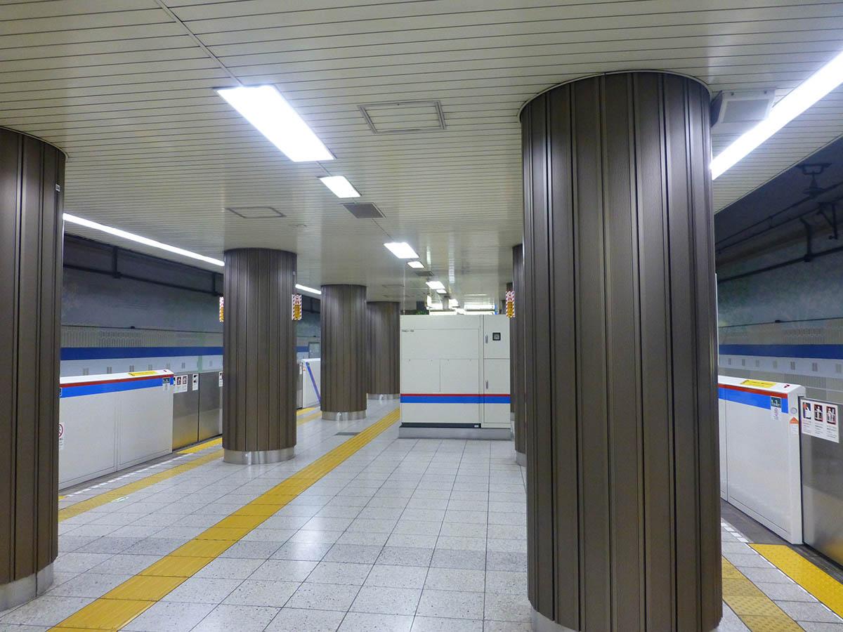 i17_photo02.jpg