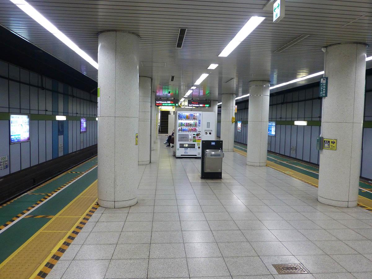 s18_photo02.jpg